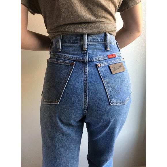 2b07c92e [vintage] wrangler women's high waist jeans. M_5a975cb3f9e501036f8e843c
